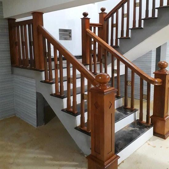 Cầu thang gỗ M20