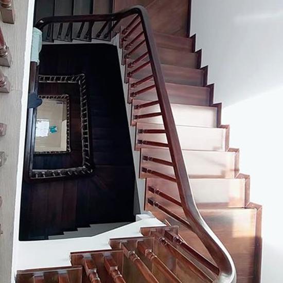 Cầu thang gỗ M23