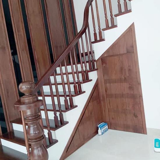Cầu thang gỗ M30