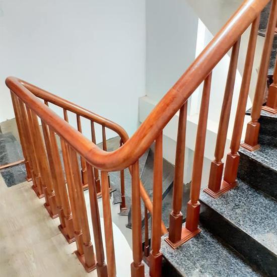 Cầu thang gỗ M35