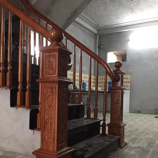 Cầu thang gỗ M36