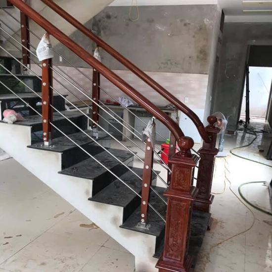 Cầu thang inox M26