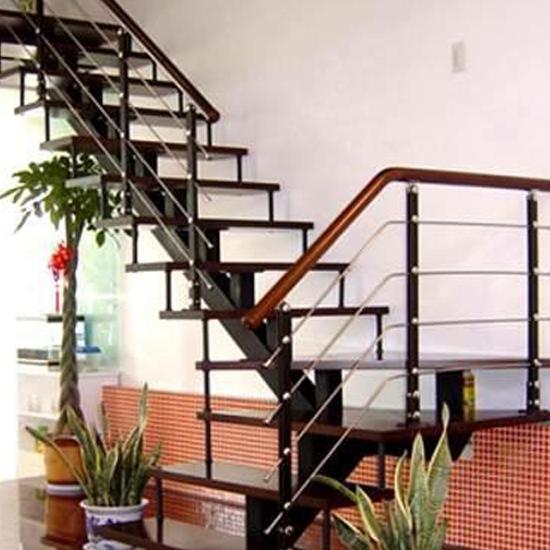Cầu thang xương cá M27