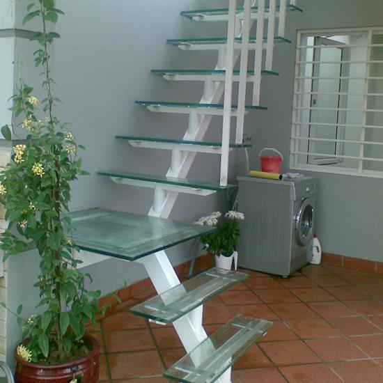 Cầu thang xương cá M34