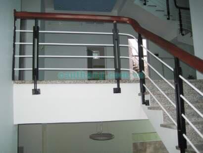 Cầu thang sắt M16