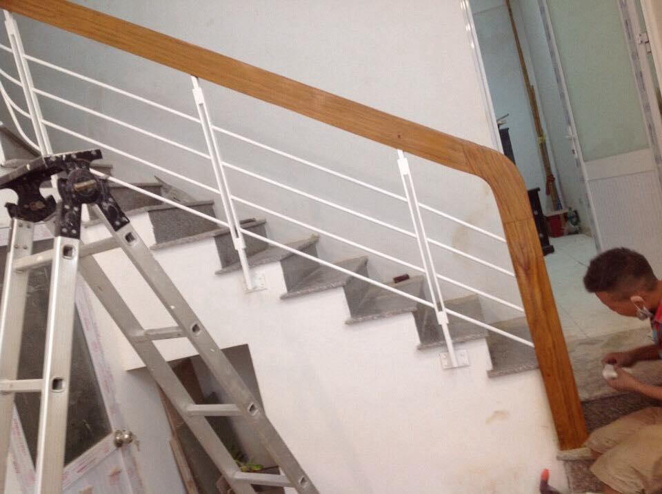 Cầu thang sắt M17